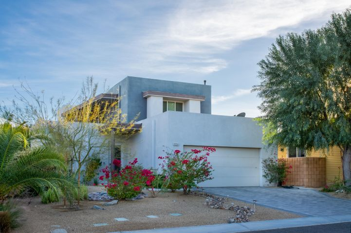 4934 Herzog Way, Palm Springs, CA 92262