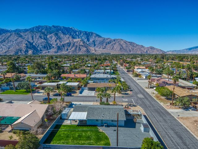 2380 N San Antonio Road, Palm Springs, CA 92262