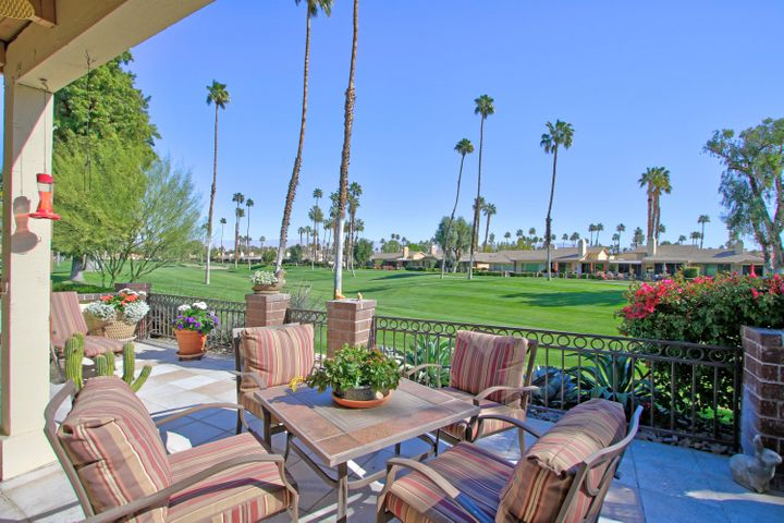 298 Tolosa Circle, Palm Desert, CA 92260