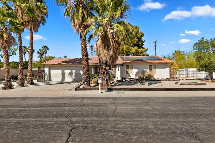 2404 E Bellamy Road, Palm Springs, CA 92262