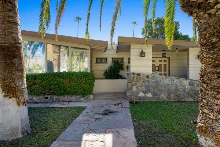46142 Golden Rod Lane, Palm Desert, CA 92260