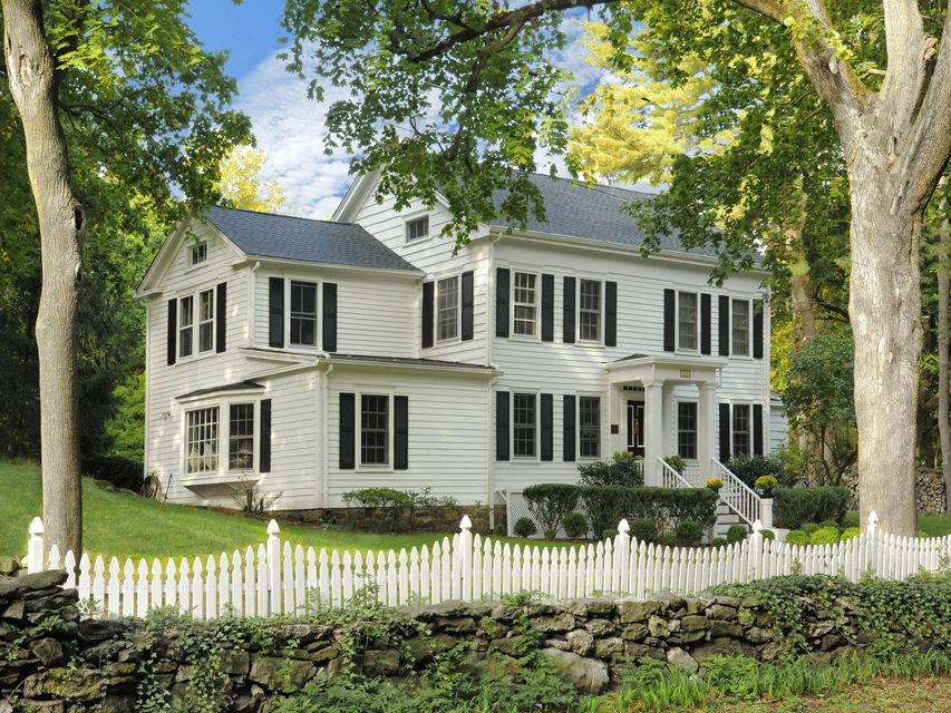 128 weaver street greenwich ct 06831 sotheby 39 s for Luxury homes for sale in greenwich ct