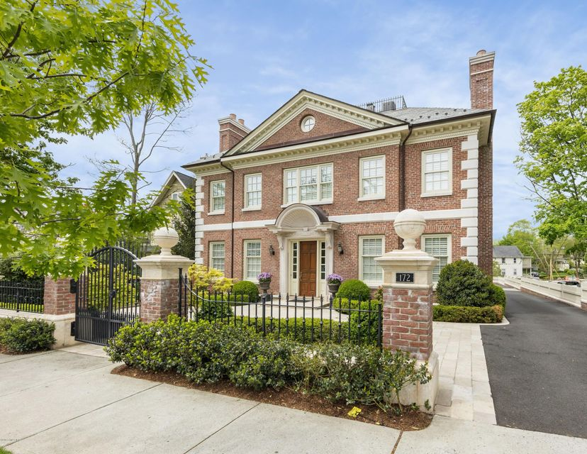 172 milbank avenue greenwich ct 06830 sotheby 39 s for Luxury homes for sale in greenwich ct