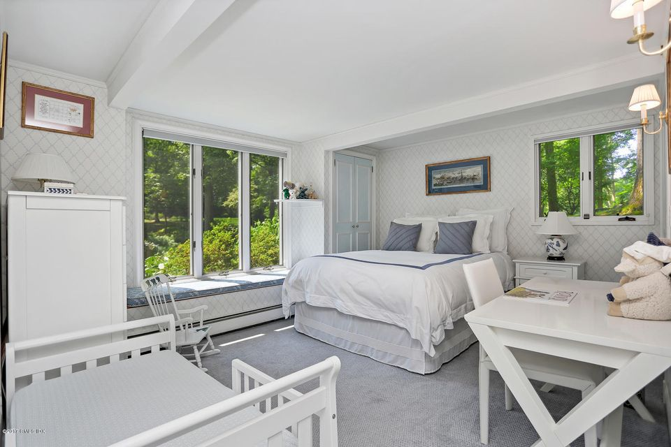 12 Bailiwick Road, Greenwich, CT 06831
