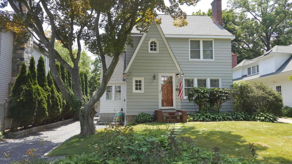 12 Irvine Road,Old Greenwich,Connecticut 06870,3 Bedrooms Bedrooms,3 BathroomsBathrooms,Single family,Irvine,102395