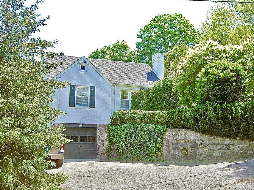 17 E Byway, Greenwich, CT 06831