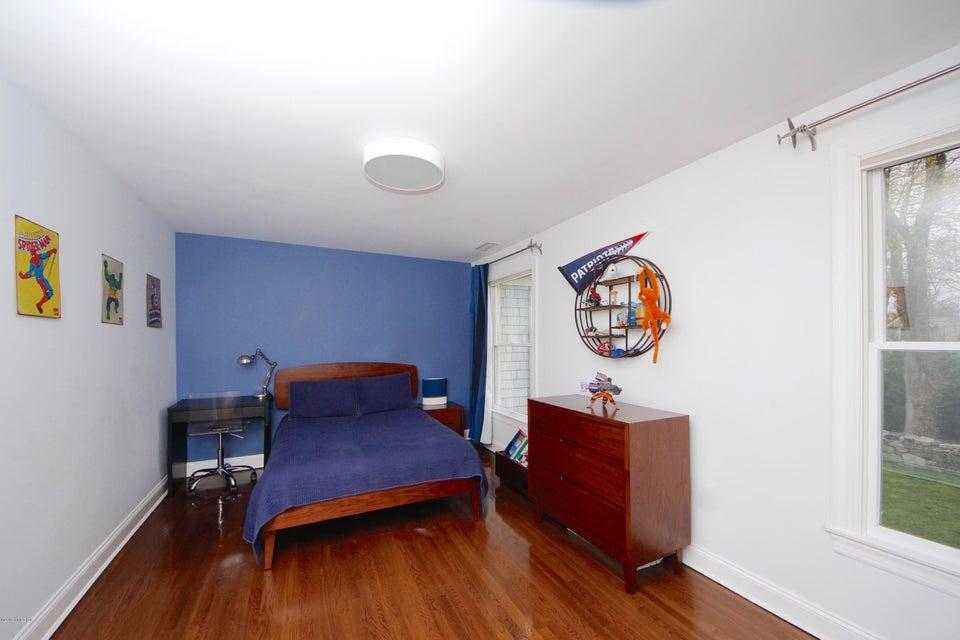 101 Maple Avenue, Greenwich, CT 06830