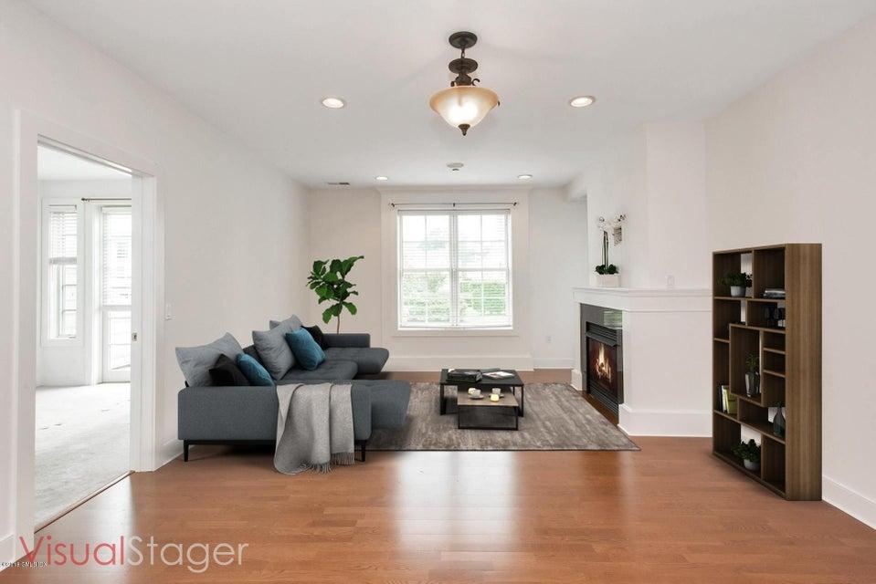 77 Havemeyer Lane, #310, Stamford, CT 06902