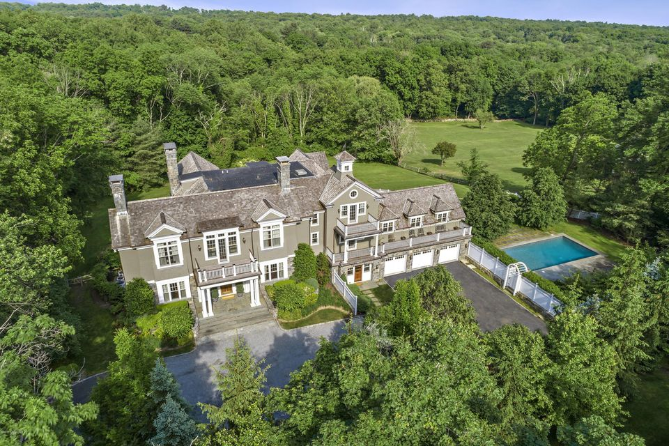 351 Round Hill Road, Greenwich, CT 06831