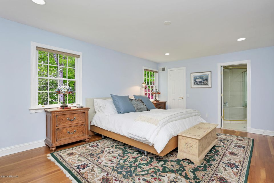 17 Witherell Drive, Greenwich, CT 06831