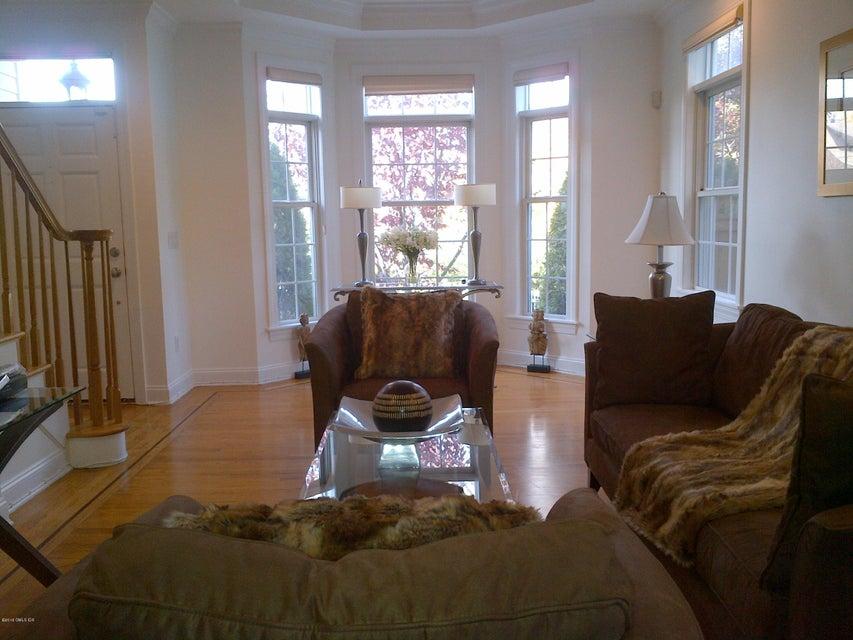 364 Davis Avenue, #1, Greenwich, CT 06830