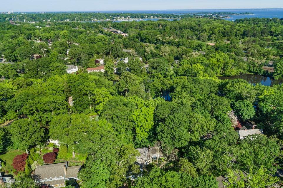 303 Overlook Drive,Greenwich,Connecticut 06830,Overlook,103679