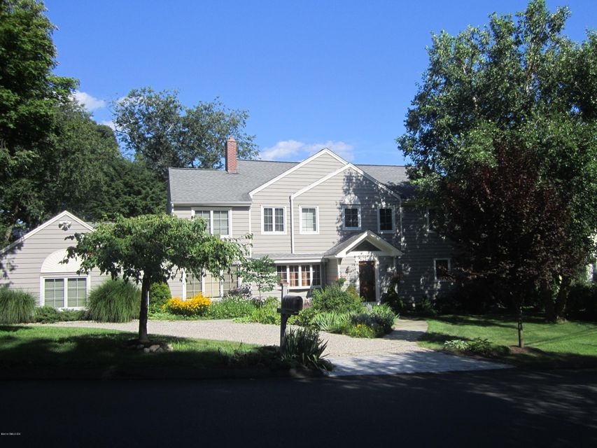 3 Old Wagon Road, Old Greenwich, CT 06870