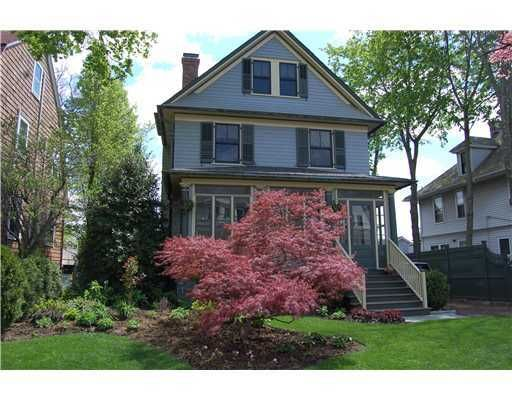 17 Lincoln Avenue, Greenwich, CT 06830