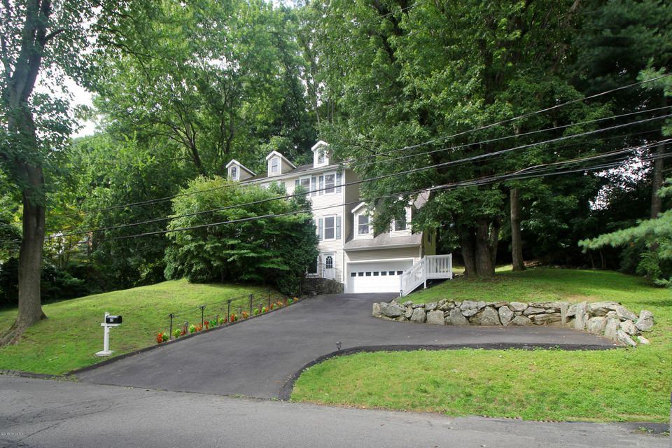 45 Hickory Drive, Greenwich, CT 06831