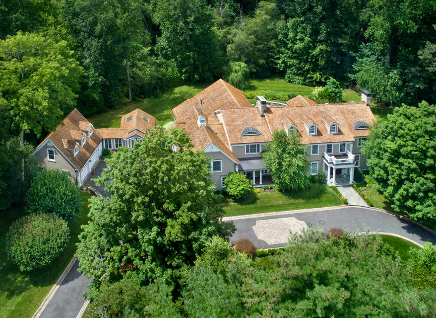 11 Hedgerow Lane,Greenwich,Connecticut 06831,6 Bedrooms Bedrooms,7 BathroomsBathrooms,Single family,Hedgerow,104841