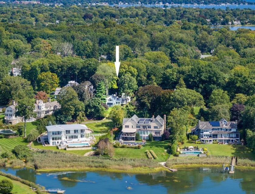 17 Carriglea Drive,Riverside,Connecticut 06878,3 Bedrooms Bedrooms,4 BathroomsBathrooms,Carriglea,104287