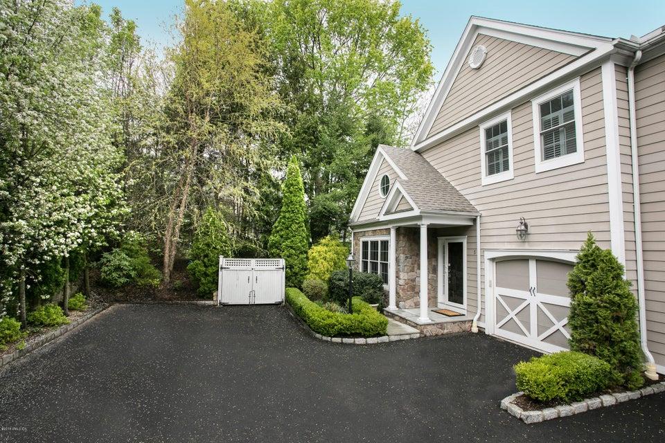 59 Le Grande Avenue,Greenwich,Connecticut 06830,3 Bedrooms Bedrooms,3 BathroomsBathrooms,Condominium,Le Grande,104179