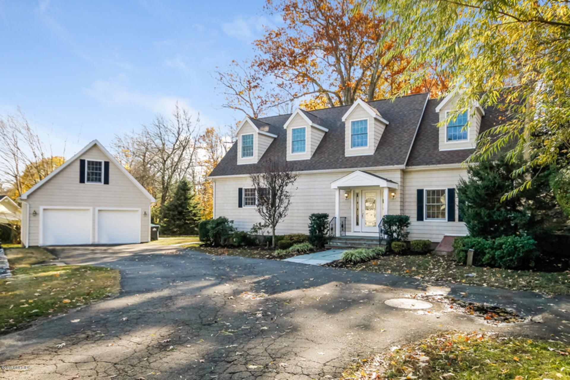 95 Valleywood Road,Cos Cob,Connecticut 06807,3 Bedrooms Bedrooms,4 BathroomsBathrooms,Single family,Valleywood,104960