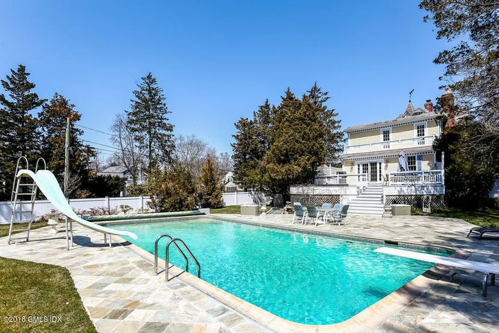 28 Tomac Avenue, Old Greenwich, CT 06870