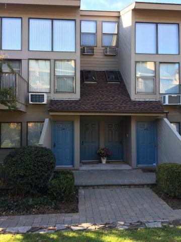 1465 E Putnam Avenue, 625, Old Greenwich, CT 06870