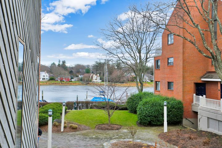 7 River Road, 304, Cos Cob, CT 06807