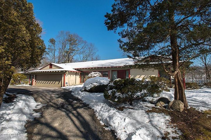 7 Lia Fail Way, Cos Cob, CT 06807