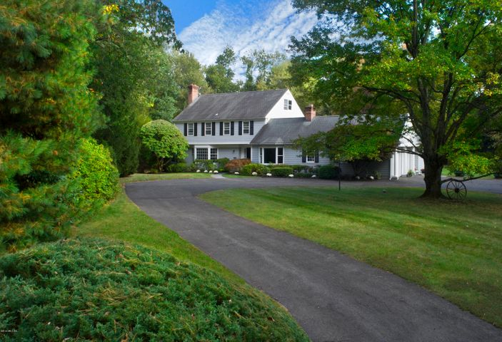 6 Carissa Lane, Greenwich, CT 06830