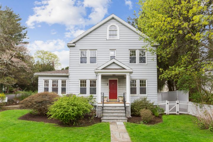 1 Scott Lane, Greenwich, CT 06831