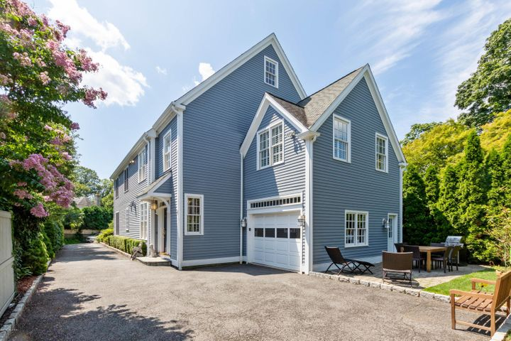 61 Orchard Place, B, Greenwich, CT 06830