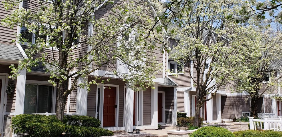453 E Putnam Avenue, 3I, Cos Cob, CT 06807