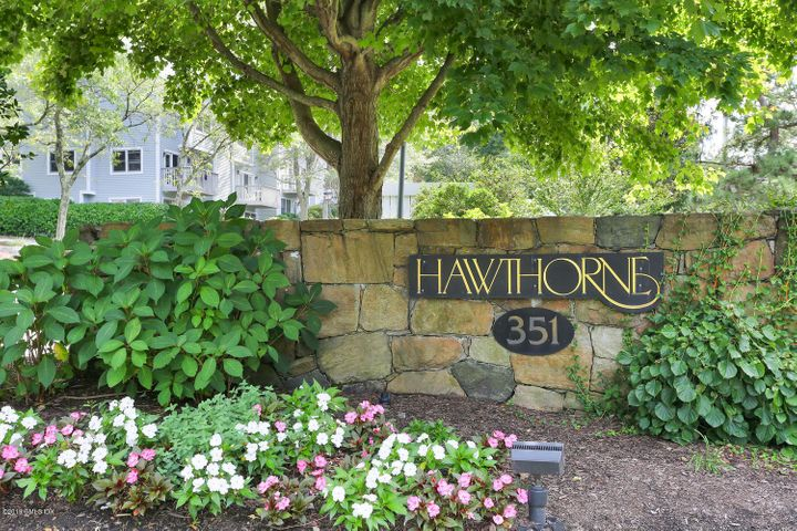 351 Pemberwick Road, 603, Greenwich, CT 06831