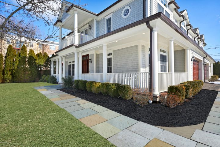 1 Idar Court, B, Greenwich, CT 06830