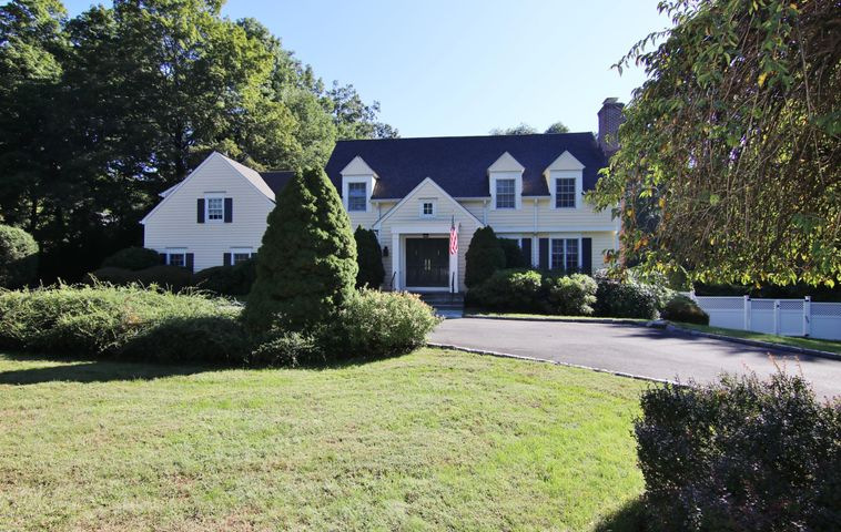 48 Londonderry Drive, Greenwich, CT 06830