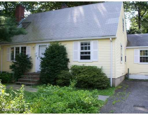 30 Riverside Lane, Riverside, CT 06878