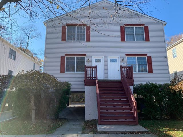 20 Hollow Wood Lane, C, Greenwich, CT 06831