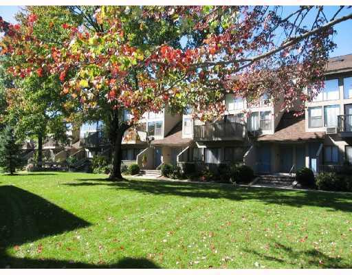1465 E Putnam Avenue, 426, Old Greenwich, CT 06870
