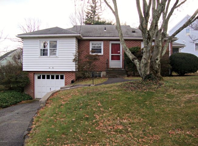 20 Hunt Terrace, Greenwich, CT 06831