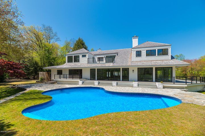 33 Rippowam Road, New Canaan, CT 06840