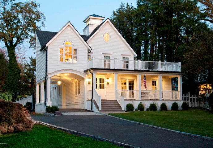 151 Park Avenue, Greenwich, CT 06830