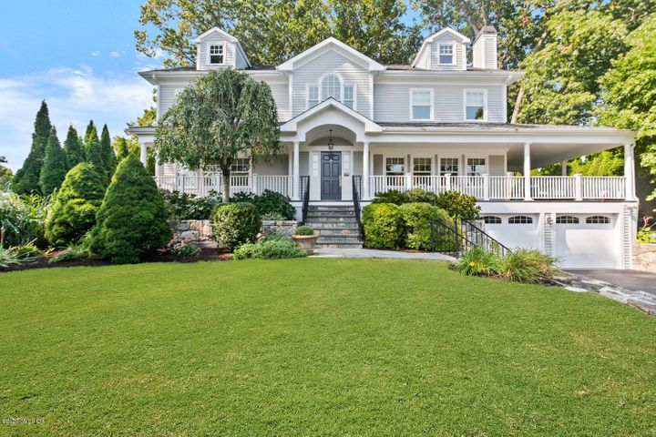 18 Old Wagon Road, Old Greenwich, CT 06870