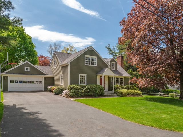 11 Ben Court, Old Greenwich, CT 06870