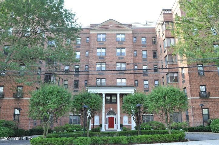 40 W Elm Street, 4F, Greenwich, CT 06830