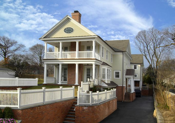 24 Orchard Place, A, Greenwich, CT 06830