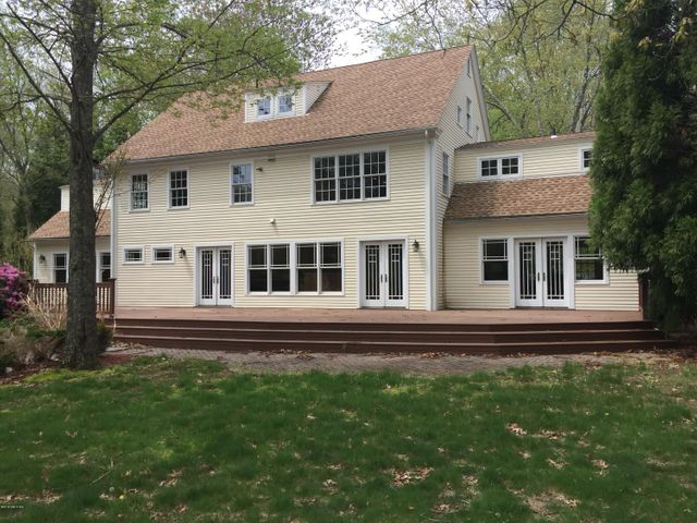 12 Riverbend Road, Old Lyme, CT 06371