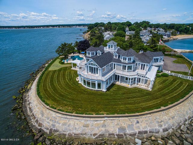 132 Point Lookout, Milford, CT 06460
