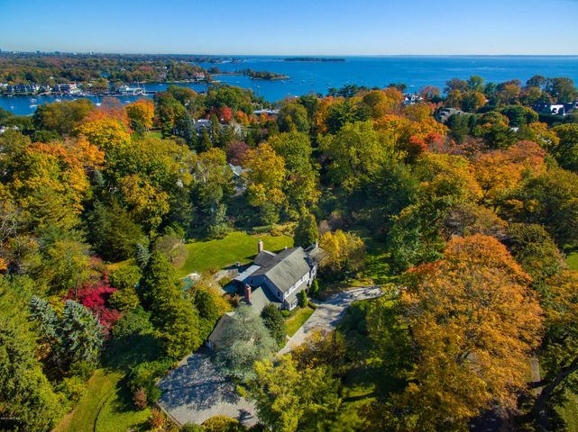 9 Field Point Circle, Greenwich, CT 06830
