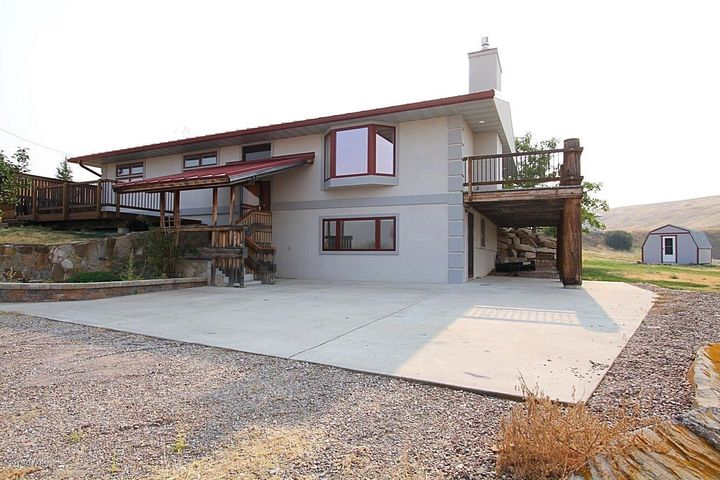 Don't miss this super clean, well maintained home with all of the high end amenities.