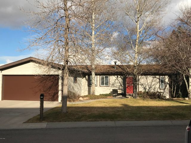 2725 Fern DR, GREAT FALLS, MT 59404