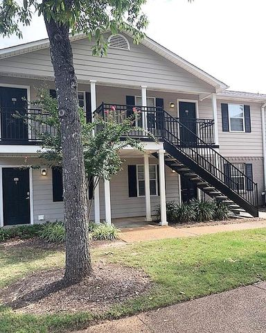 2112 Old Taylor Unit, Oxford, MS 38655